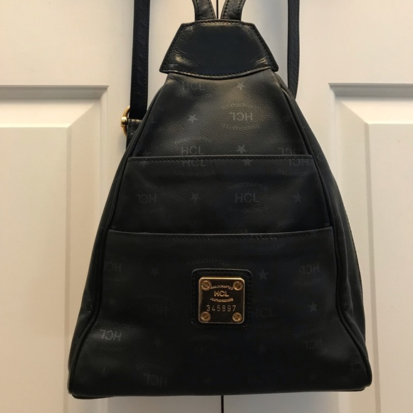 HCL Handbags - Vintage HCL backpack